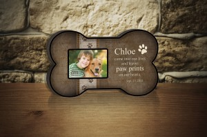 Engraved dog picture frame on table